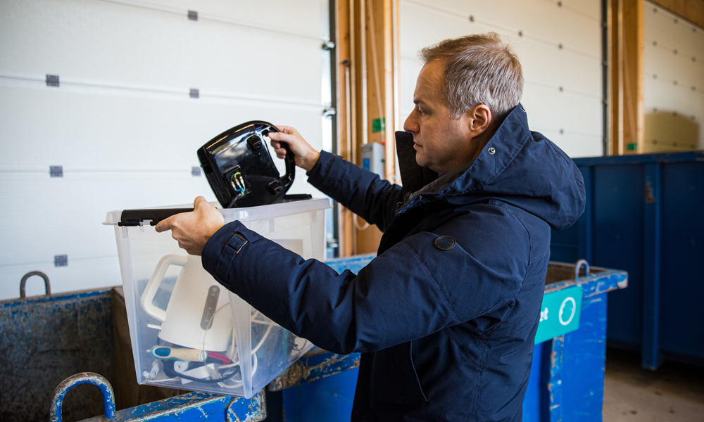 How Do I Dispose Electronic Waste For My Business?